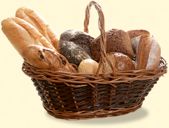 日替わりパンと挽きたてコーヒーと13種類の飲み物をご用意しております